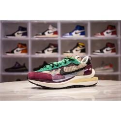 H12 BATCH Sacai x Nike VaporWaffle DD3035 200