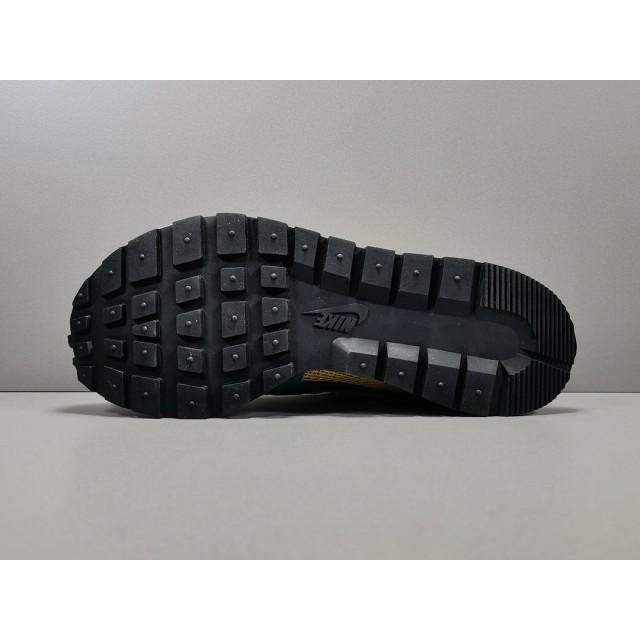 GOD BATCH Sacai x Nike VaporWaffle CI9928 300