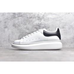 TOP BATCH Alexander McQueen sole sneakers