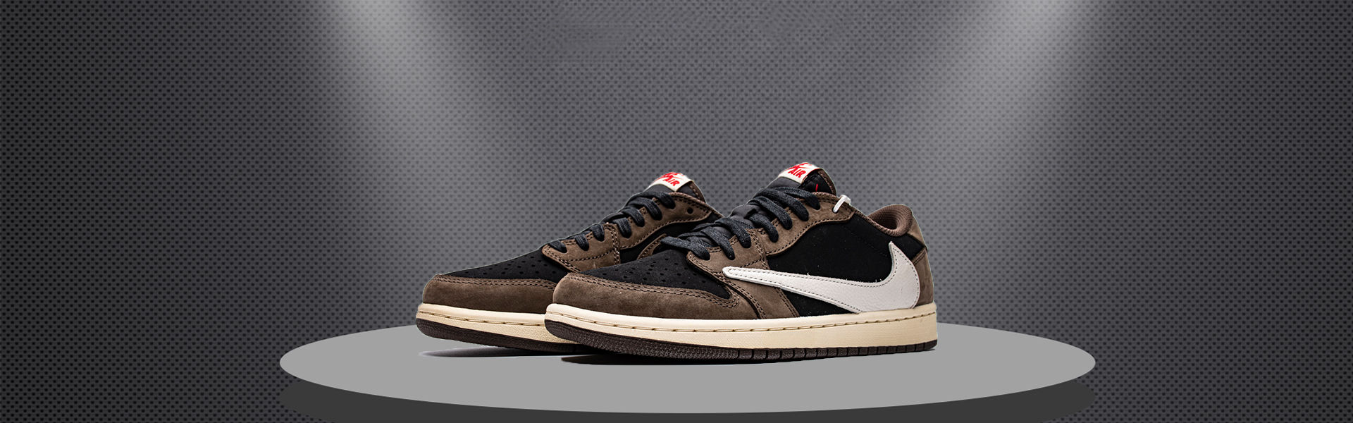 X BATCH UNISEX TRAVIS SCOTT X AIR JORDAN 1 LOW CQ4277 001